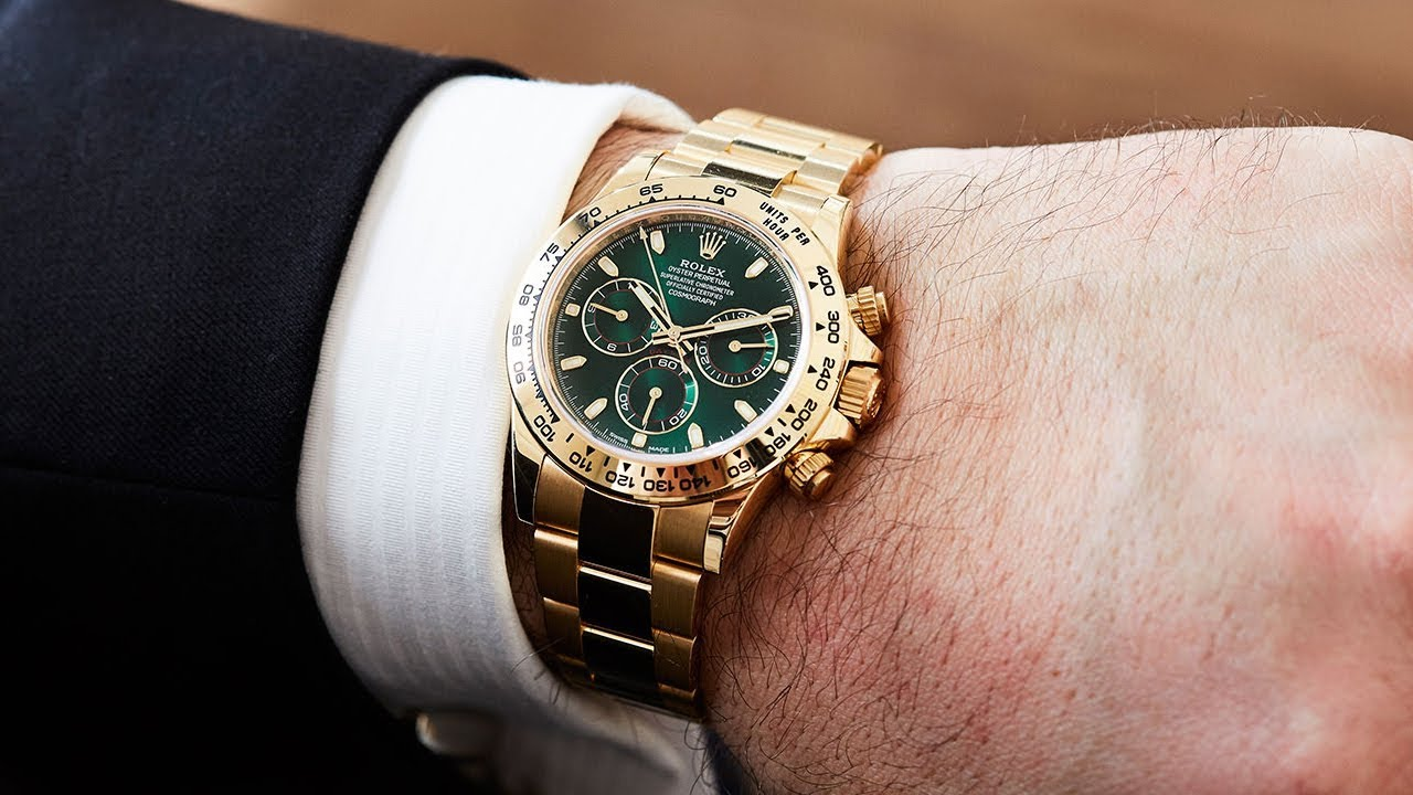 A brand new Rolex Daytona Green Dial an amazing swiss made luxury watch on wrist - YouTube