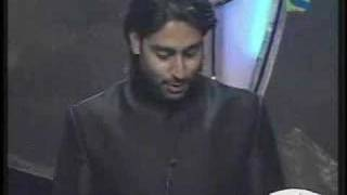 Abhishek winning Best Supporting Actor Filmfare Awards 2007