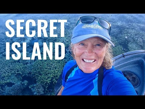 DISCOVER INDONESIA'S WILDEST DESERT ISLANDS - SAILING FOLLOWTHEBOAT Ep94
