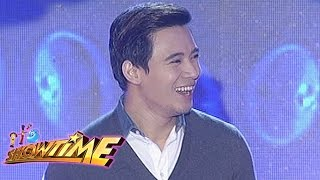"It's Showtime Singing Mo To: Erik Santos sings ""Say You'll Never Go"""
