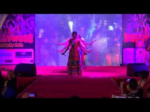Dandiya dance on Charar Charar Maro Chakdod - Kishore Manraj