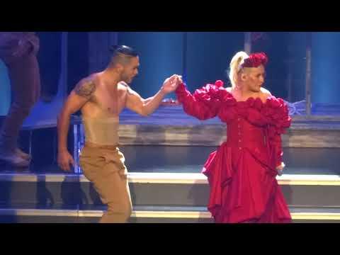 Christina Aguiera - Opening + Maria + Genie In a Bottle - LIVE in Las Vegas 2018-10-27 Mp3