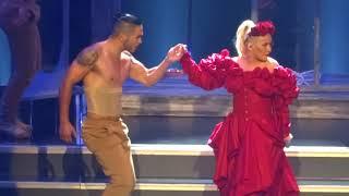 Christina Aguiera - Opening + Maria + Genie In a Bottle - LIVE in Las Vegas 2018-10-27