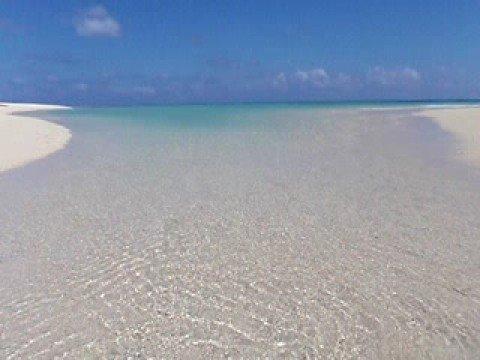 はての浜はパラダイス。白い砂浜。透明な水。
