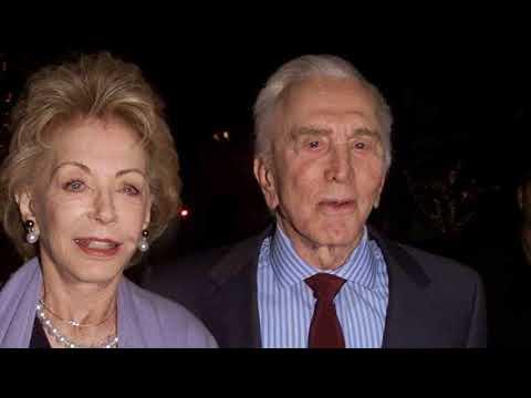 Kirk Douglas, un galán de 101 años con dos amores y demasiadas mujeres
