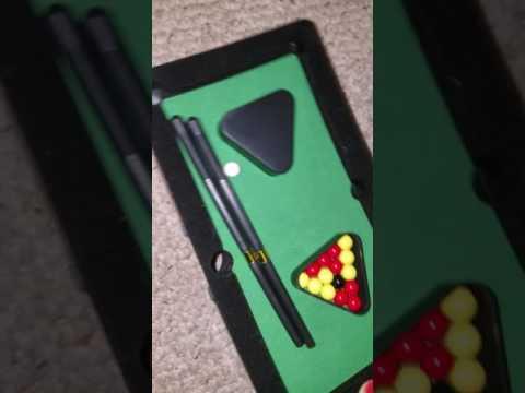 Perfect Life Ideas Desktop Miniature Pool Table Set with Mini Pool Balls Cue Sticks Accessories - Ta