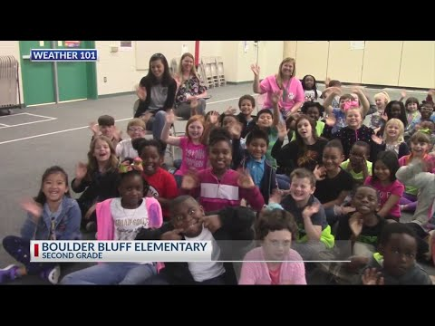 Rob Fowler visits the 2nd graders at Boulder Bluff Elementary School for Weather 101
