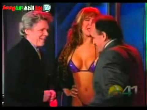 Alejandra Mora, Dana Fleyser, El cabaret