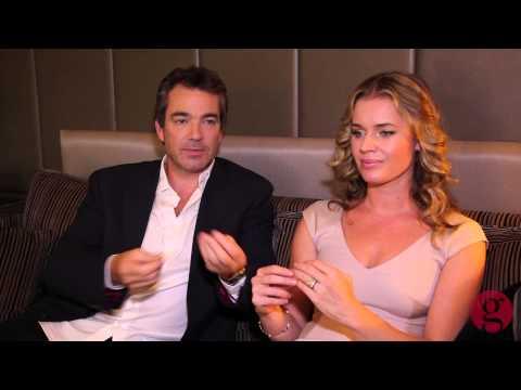 Jon Tenney and Rebecca Romijn on 'King & Maxwell'