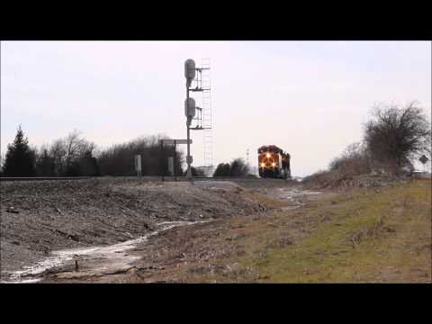 ES44C4 Pair on Test Run From GE Plant