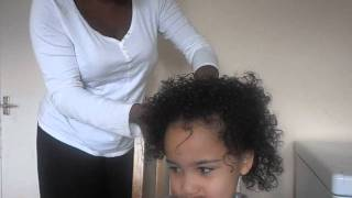 How to moisturise mixed race curly hair with Mahogany Naturals products