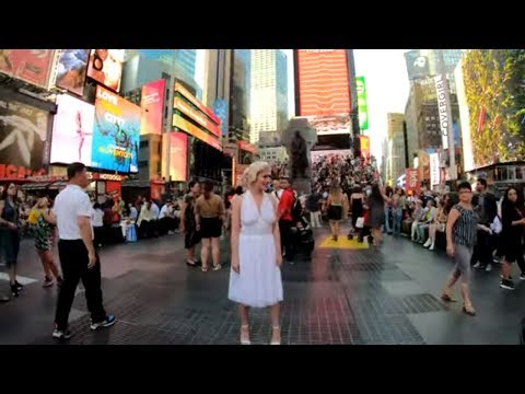 ⁴ᴷ⁶⁰ Walking NYC (Narrated) : Times Square - 42nd Street To TKTS Booth (September 15, 2019)