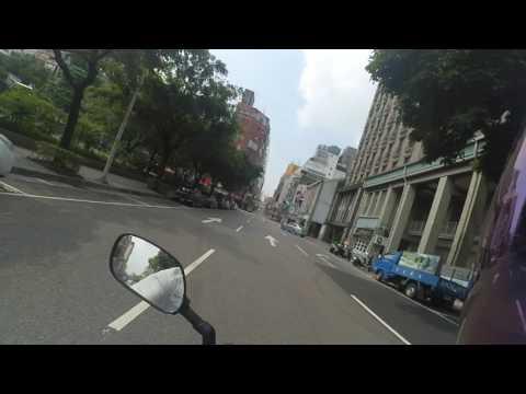 西寧南路 三寶 汽車迴轉逆向