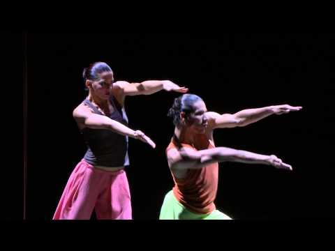 Danza Contemporánea de Cuba dance La Ecuación in Cubanía (Royal Opera House)