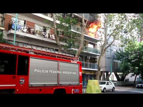 VIDEO: Así fue el incendio de dos departamentos en el barrio de Palermo