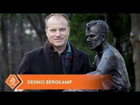 Bergkamp onthult eigen standbeeld op KNVB Campus