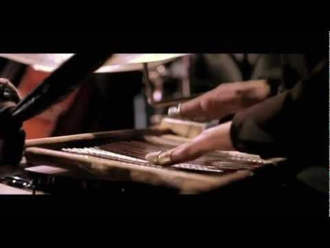 Culture Jazz : Gimme that wine, by the crooner voice of David Adom