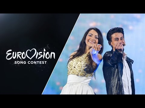 Anita Simoncini & Michele Perniola - Chain of Lights (San Marino) - LIVE - Eurovision 2015: sf2