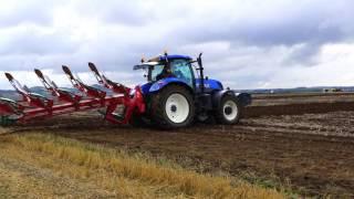 3 New Holland T7 tractors ploughing potato stubble at West Fenton Farm