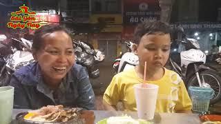 2 mẹ con cậu bé 9 tuổi nhặt ve chai xuyên đêm từng ngủ ngoài đường Update