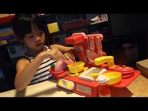 hape kitchen stainless cabinets [1y8m]costco大型兒童玩具可愛粉彩廚房組 | funnydog.tv