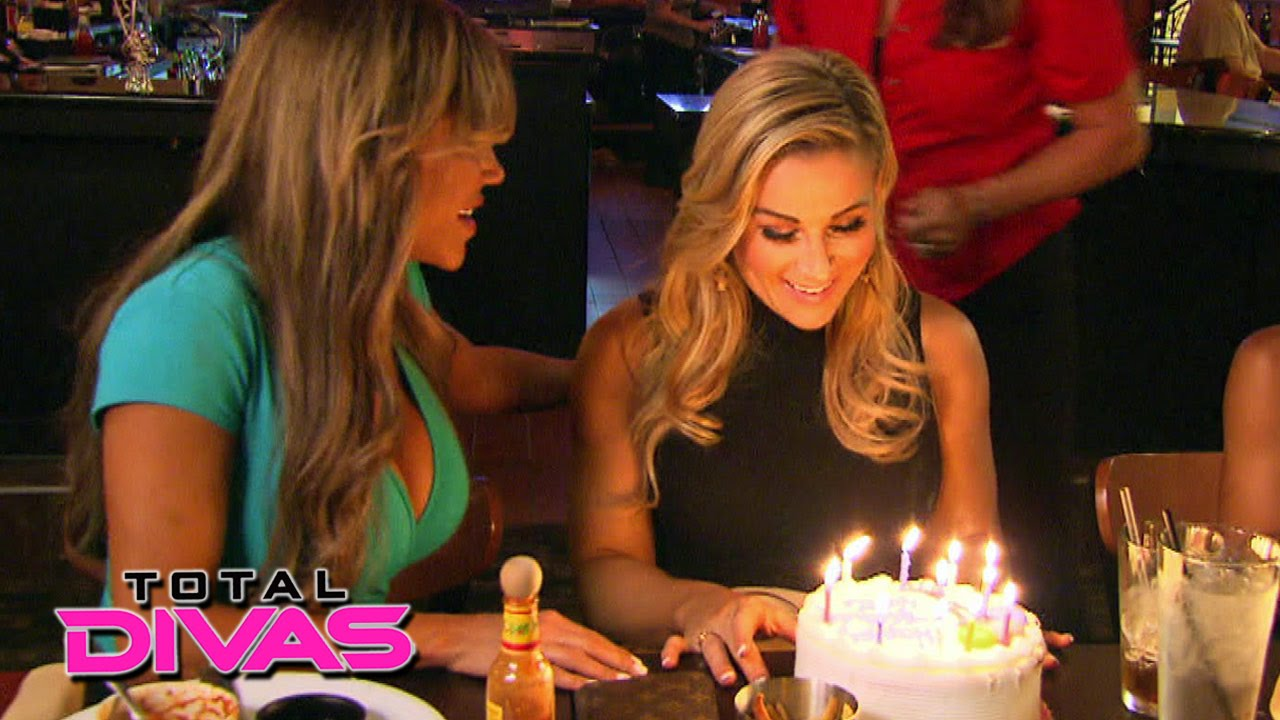 VoicesofWrestling.com - Total Divas September 28