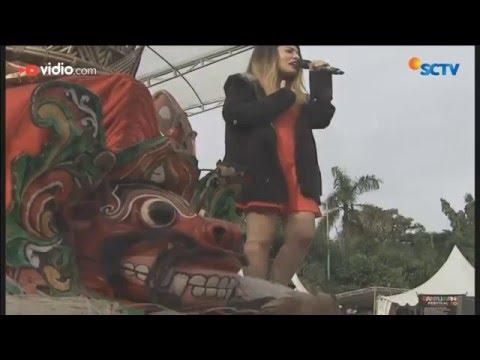Zigaz - Saat Kehilangan Cinta (Live on Karnaval Inbox Banyuwangi)
