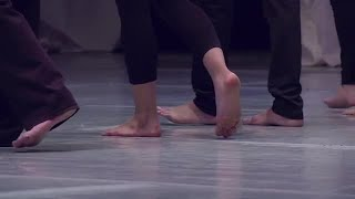 Barefoot Dancers Stock Video