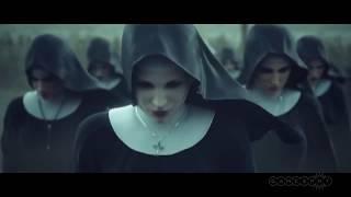 Marilyn Manson придумывает новый клип.