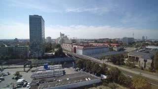Flug in der nähe vom Highlight Tower in München mit Drohne