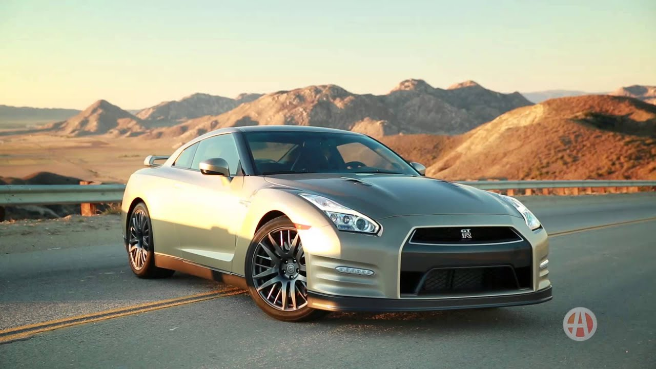 2016 Nissan GT-R | 5 Reasons to Buy | Autotrader - YouTube