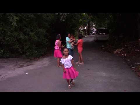 MANILA CHILDREN VISIT KOLAPA TV - Running around and playing...