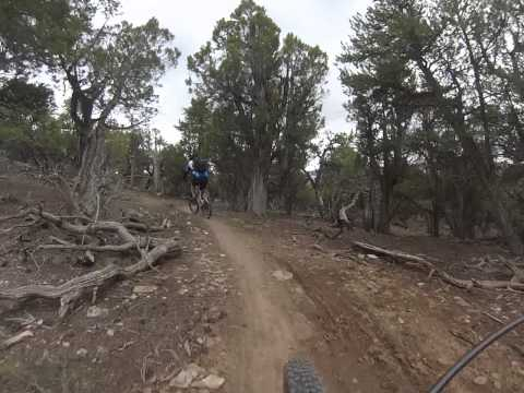 Mountain Bike Eagle, CO Pool & Ice Rink