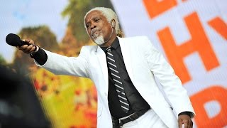 Download Billy Ocean - Love Really Hurts Without You at Radio 2 Live in Hyde Park 2014 Mp3 and Videos
