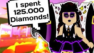 BUYING ALL THE NEW HALLOWEEN WINGS AND HEELS [125.000 Diamonds] // Roblox Royale High School Update