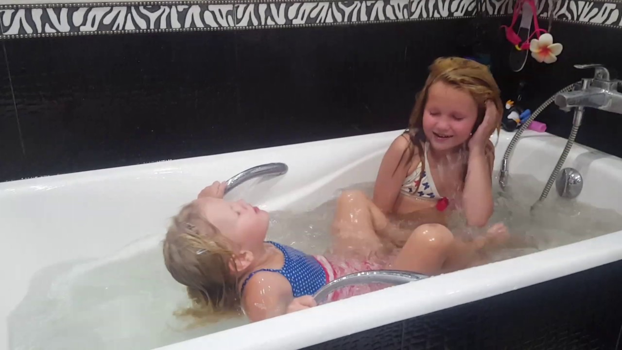 смотреть видео молодые ебутся в ванной - 9