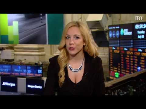 Earnings Buzz: Sprint Nextel Corporation (S), Chrysler Group LLC, Pfizer Inc (PFE)