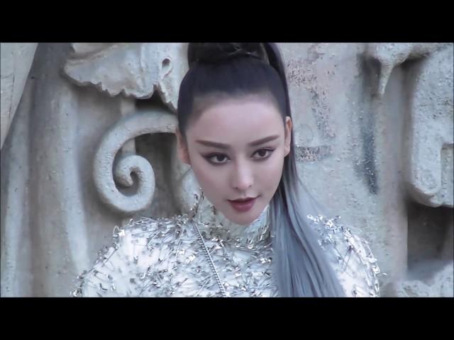 He Chengxi / Fan Bingbing lookalike @ Paris 1 october 2018 Fashion Week show Y-Vison