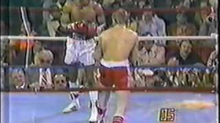 """Sugar"" Ray Leonard vs. Dave ""Boy"" Green [2/2]"