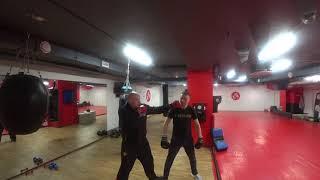 Уходим от Удара! Урок Самообороны Вадима Старова на основе бокса и рукопашного боя
