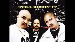 03 - Taquito De Ojo - Kickin' it Juntos CD Akwid & jae-p