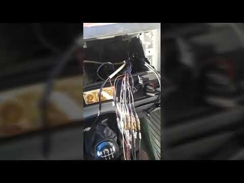Распиновка проводов магнитолы Ford Transit.