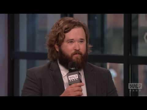 "Haley Joel Osment Chats About ""Silicon Valley"""