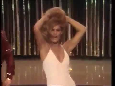 Dalida   `` Laissez Moi Danser `` Monday Tuesday