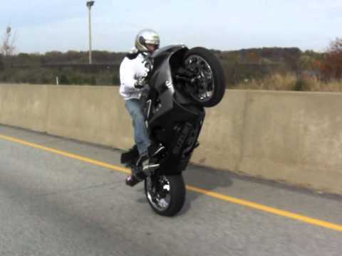 justin snow highway wheelie