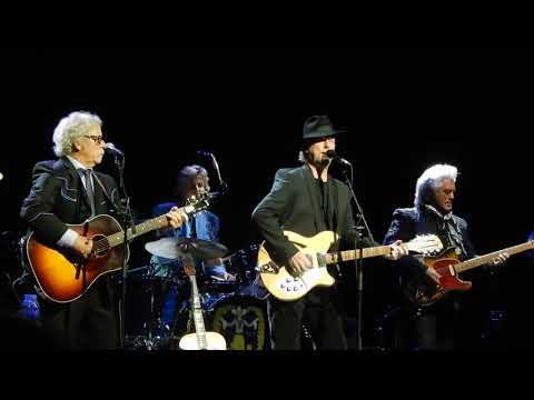 Chris Hillman, Roger McGuinn, Marty Stuart....Wasn't Born to Follow....7/24/18....Los Angeles
