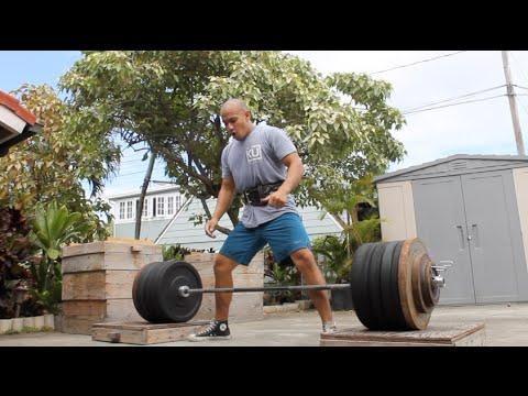 Chuck Taylors and Heavy Deadlifts - YouTube