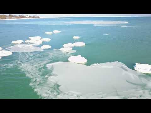 Shores of Lake Michigan 4K