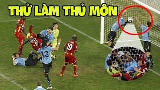 Những pha bóng thủ môn đã bó tay nhưng hậu vệ thì không nghĩ như thế