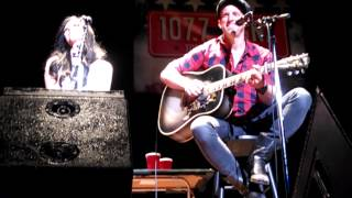 Thompson Square - You Gonna Kiss Me or Not